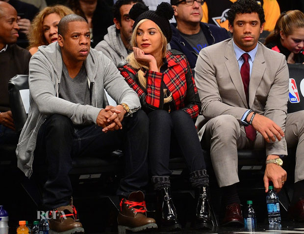 Beyonce-Knowles-In-Karl-Lagerfeld-Brooklyn-Nets-Game