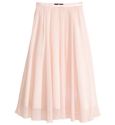 This calf-length skirt does not only show off your beautiful long lege, it is also something that really only looks good on YOU! ( Skirt: H&M, $34.95).